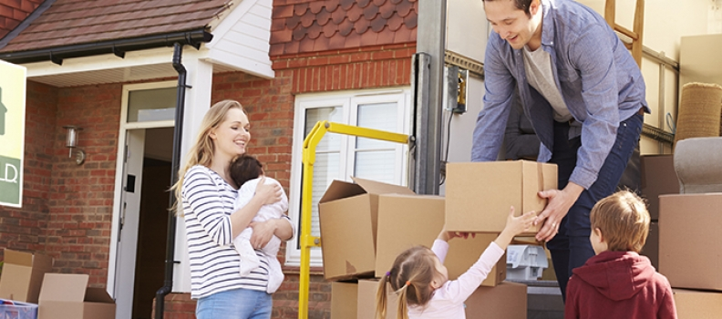 10 NEED to Know Tips for Moving During the Holidays